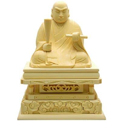 日蓮聖人(日蓮宗)白木製 1.8寸 高さ11.7cm