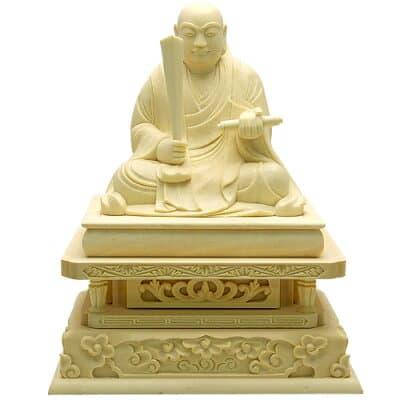日蓮聖人(日蓮宗)ツゲ製 1.8寸 高さ11.9cm