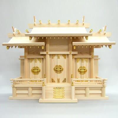 神棚・屋根違い三社(大) 高さ54cm×巾75cm