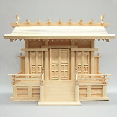 神棚・唐戸通し屋根三社(中) 高さ47cm×巾59cm
