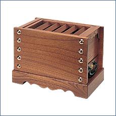 箱型賽銭箱(欅製)
